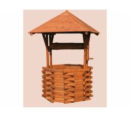 Dřevěná studna s kolovrátkem